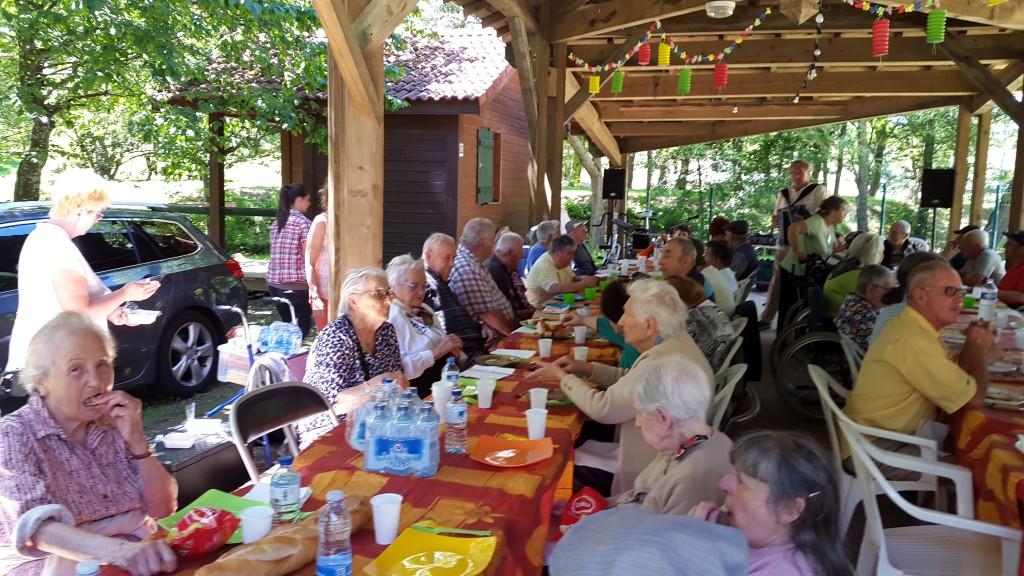 Rencontre inter maison de retraite à Alboussière